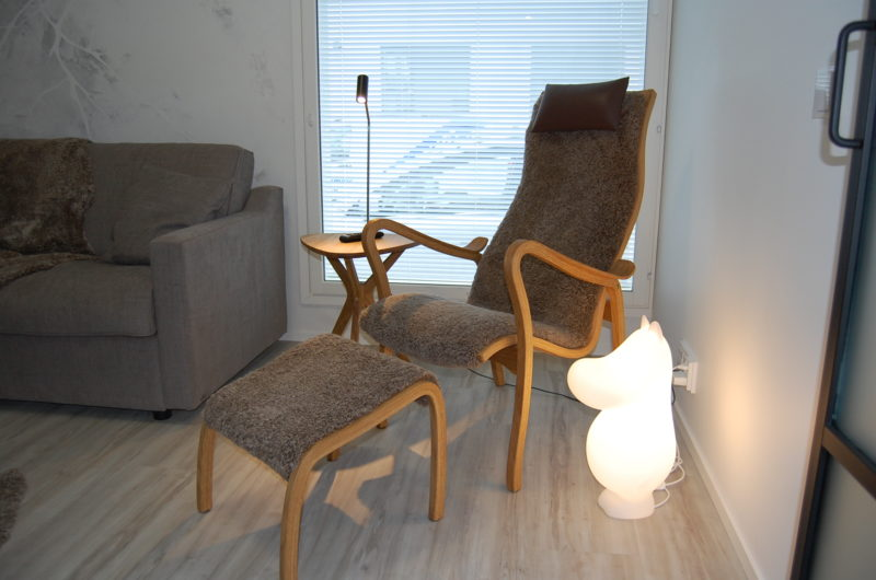 Bröderna Anderssons Bord1 sivupöytä