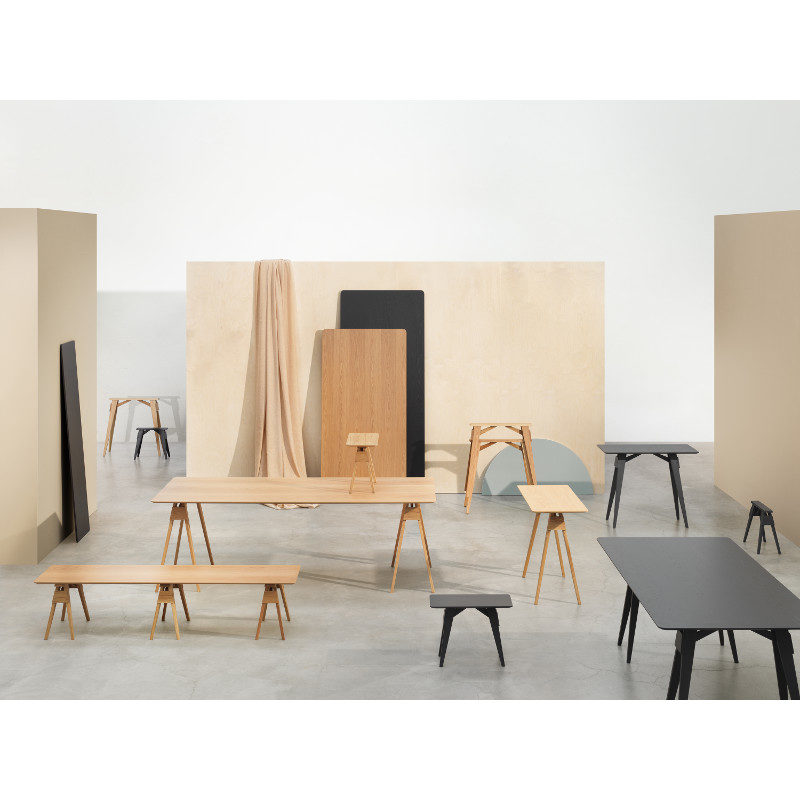 Design House Stockholm Arco sivupöytä Chuck Mack