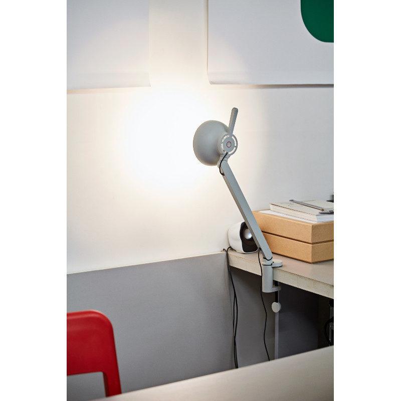 PC Single Arm Hay pöytävalaisin Pierre Charpin